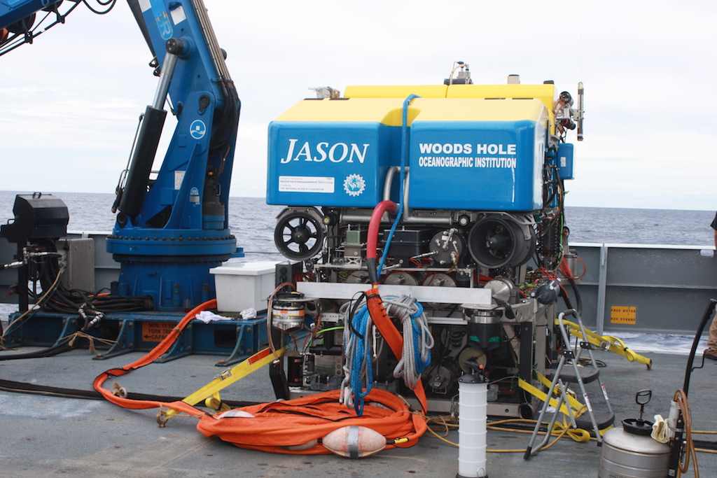 ROV JASON II onboard RV Thomas G. Thompson